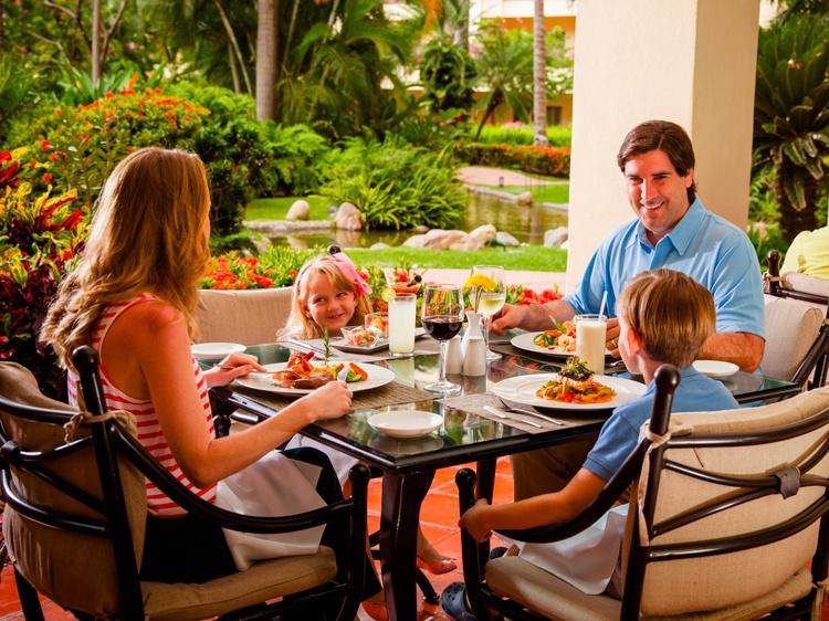 Restaurante Andrea en Hotel Velas Vallarta, Puerto Vallarta
